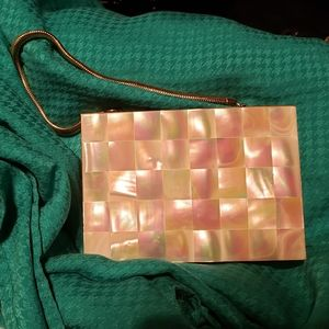 Vintage gold tone mother of pearl shell compact